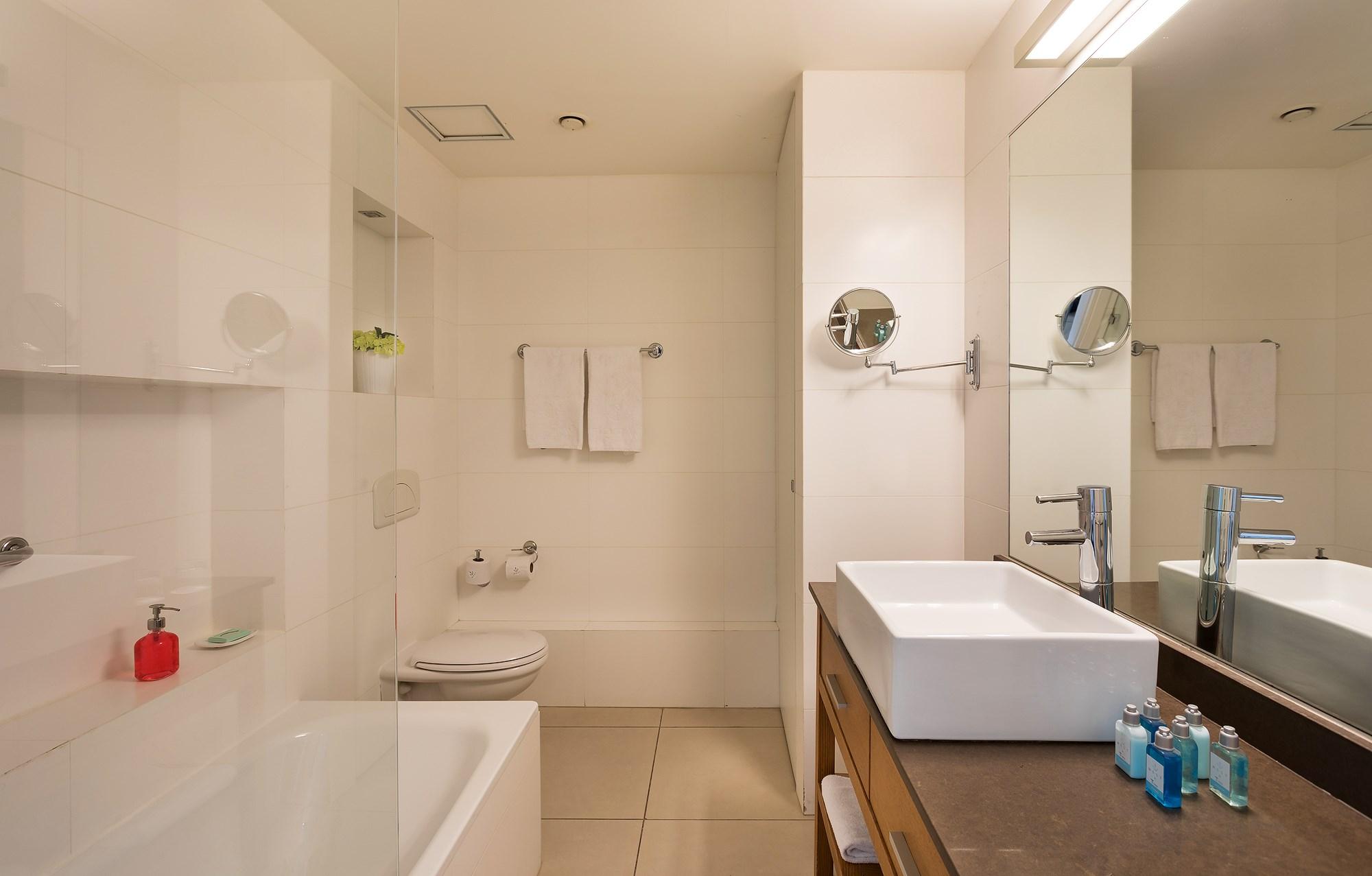 Bathroom West Tel Aviv